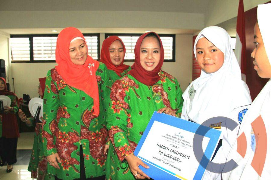 Photo of Surat Cinta Buat Ibu Warnai HUT Dharma Wanita