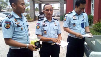 Photo of Selundupkan Sabu Lewat Anus