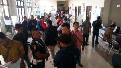Photo of Dirut RSUD Cikalongwetan Bantah Medical Check UP Balon Kades KBB Gaduh