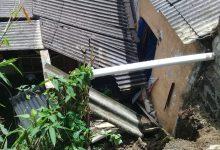 Photo of Longsor Gerus Satu Rumah di Ciptagumuti Cikalongwetan