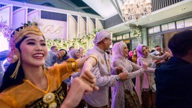 Photo of Goyang Tik Tok Bikin Gregetan di Pernikahan Dirut Pupuk Kujang