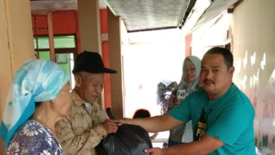 Photo of Yayasan Al-Jabar Bagikan Paket Sembako