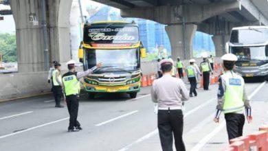 Photo of 72 Ribu Kendaraan Pemudik di Jawa Barat Terpaksa Diputar Balikan