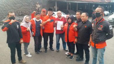 Photo of Kader Banteng KBB Marah, Laporkan Kasus Pembakaran Bendera PDI Perjuangan ke Mapolresta Cimahi