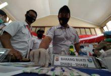 Photo of Biduan Asal KBB Edarkan Sabu Lewat Jaringan Lapas